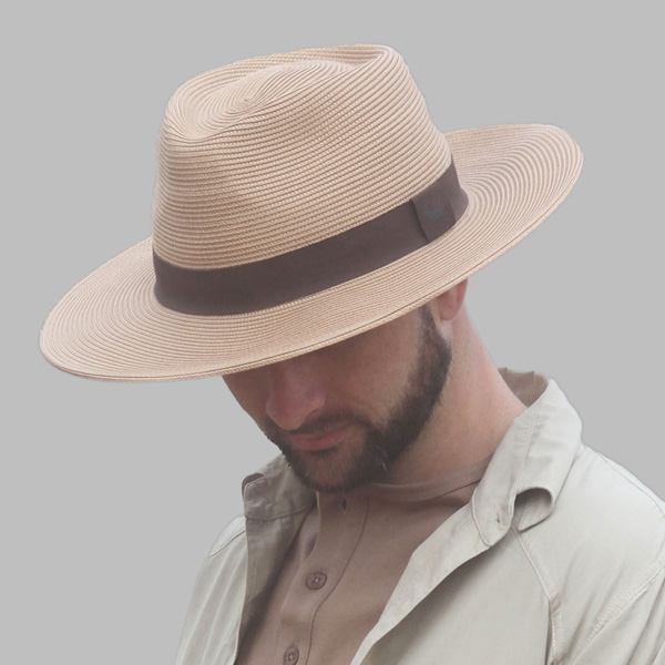 Men's Safari Hat in colour beige