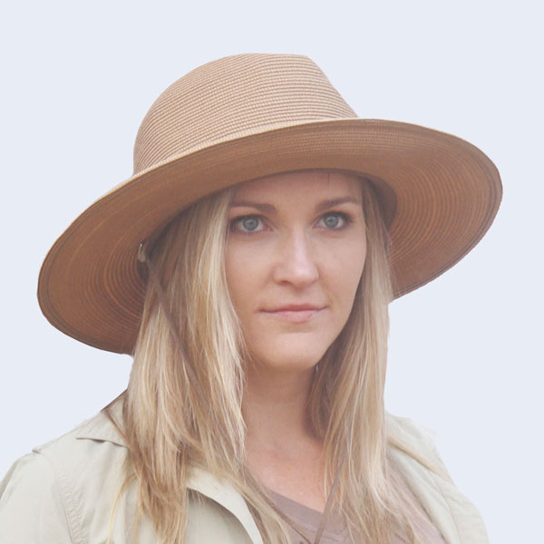 Women's Safari Hat in colour Beige